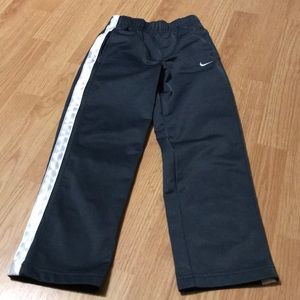 Nike Boys athletic pants size 6